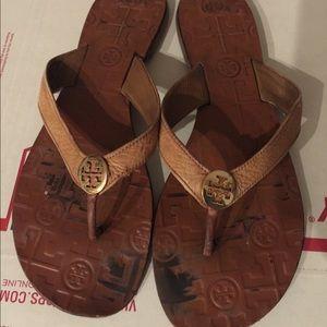 Tory Burch thora flip flop sandals brown 9